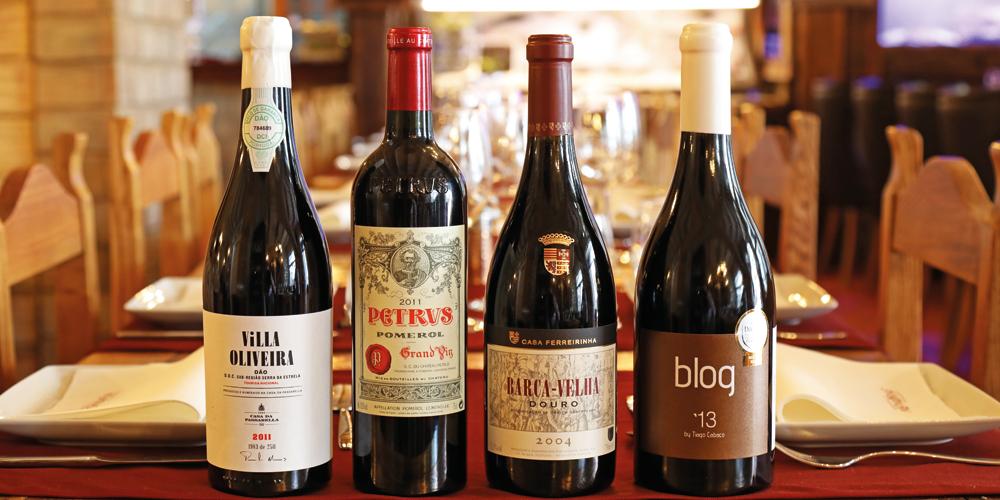Uma das melhores garrafeiras do Algarve, com mais de 500 referências de vinhos, nomeadamente Barca Velha, Petrus, Blog13, Villa Oliveira e Quinta do Vale Meão
